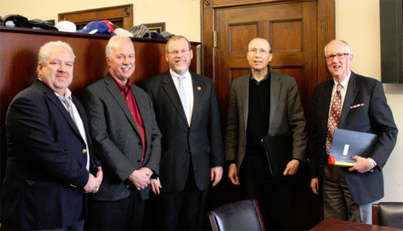ACMA members meet with Rep. Morgan Griffith (R-VA-9). From left to right: Steve Guay, Ershigs; Thom Johnson, Ashland; Rep. Morgan Griffith; John Schweitzer, ACMA; David Ring, Strongwell.